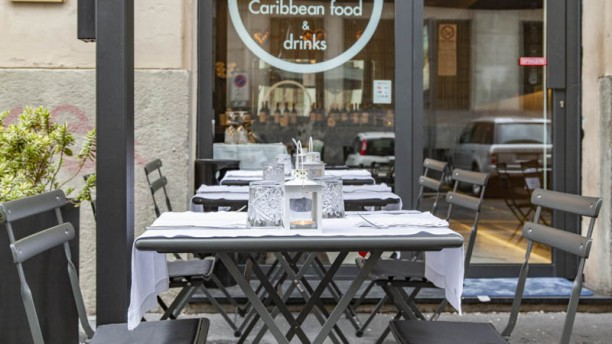 A Milano Caribbean Food Drinks In Milan Restaurant