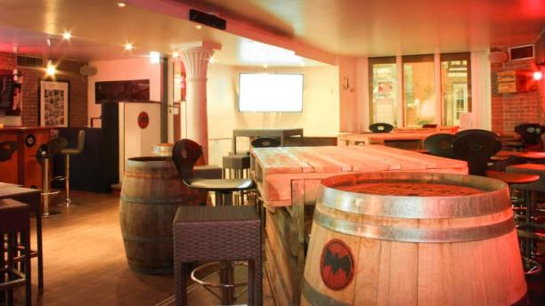 Big Apple Bar Vue de la salle
