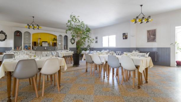La Table du Commerce Salle du restaurant