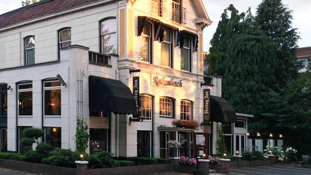 Hotel Restaurant Rodenbach Ingang