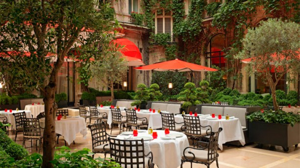 Restaurante cour jardin en paris men opiniones for Jardin cour