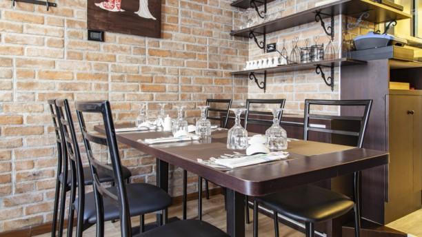 Kitchen Rolls In Milan Restaurant Reviews Menu And Prices