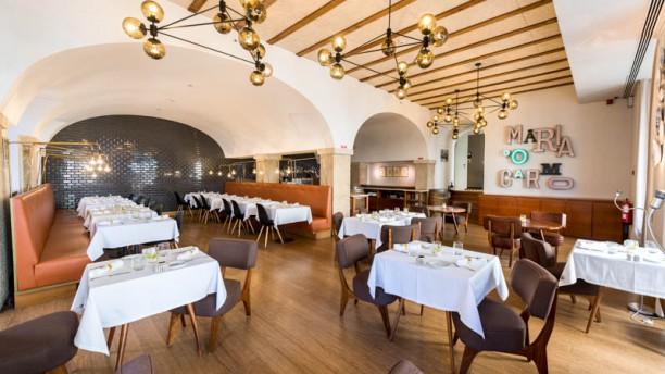Maria do Carmo Sala do restaurante