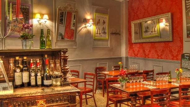 Hugo in paris restaurant reviews menu and prices thefork for Hugo broeders interieur