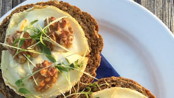 Cafe Restaurant Vrijburcht Broodjes geitenkaas uit de oven