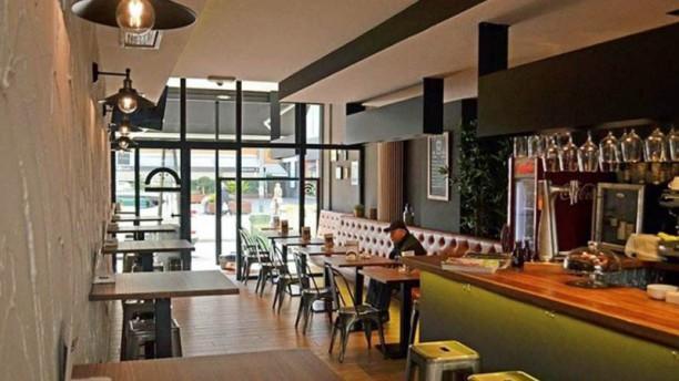 Granville Burger & Bar Vista de la sala