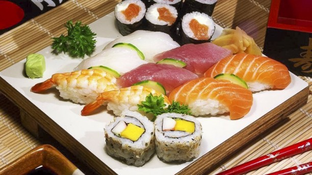 sushi thon restaurant 159 rue pelleport 33800 bordeaux adresse horaire. Black Bedroom Furniture Sets. Home Design Ideas