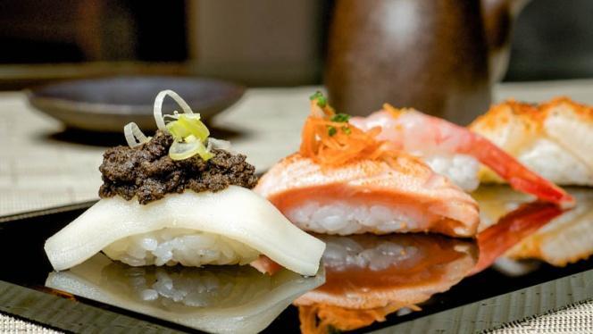 Sugerencia del chef - Hikari Sushi Bar - Hotel Hesperia Madrid, Madrid