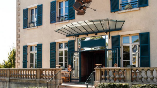 Chez Clément Clamart façade