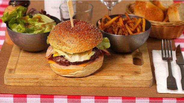 Chez Louis burger