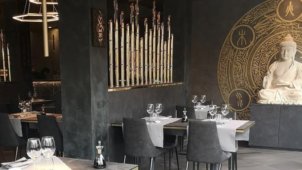 U M I Oriental Flavour Cuisine Sala