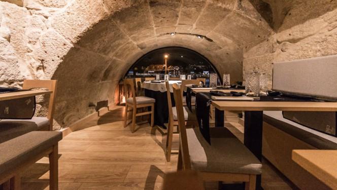 Sala - Cais 35 Sushi, Porto