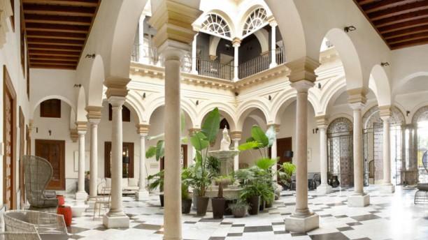 Los rincones del marqu s hotel palacio de villapan s in - Patios interiores andaluces ...