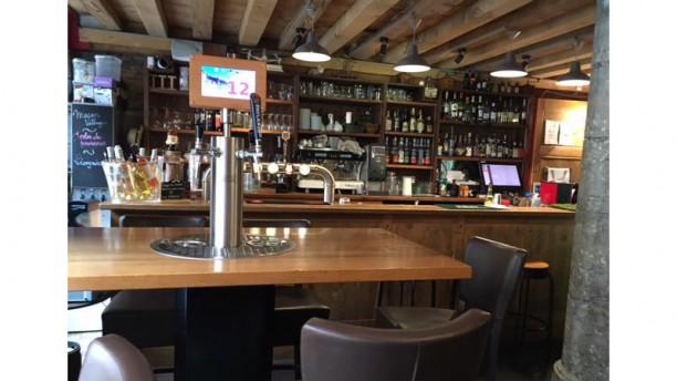 La Mouss'Tache Vieux Lyon bar