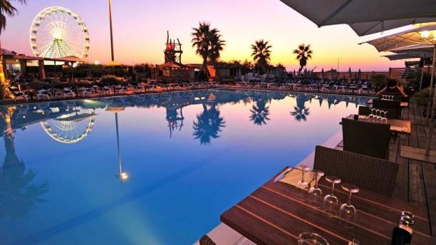Sport Beach Vue de la piscine
