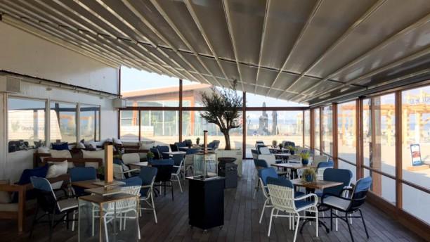 Strandclub FF Tijd Het restaurant