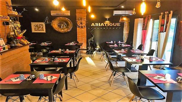 Asiatique Thai Cuisine Vista sala