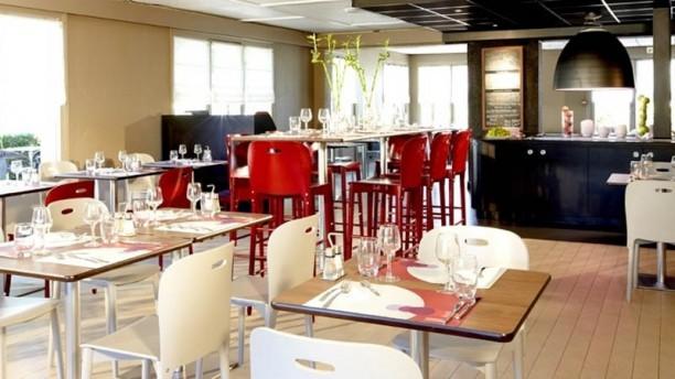 Campanile Dijon Est Salle du restaurant
