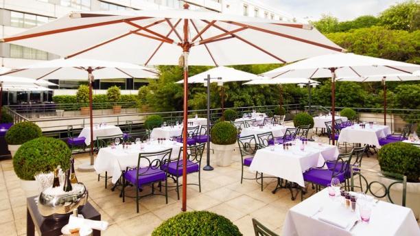 Brasserie Victor Hugo Terrasse ensoleillée