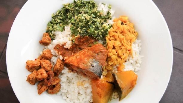 Seven Lanka riso con verdure e pesce