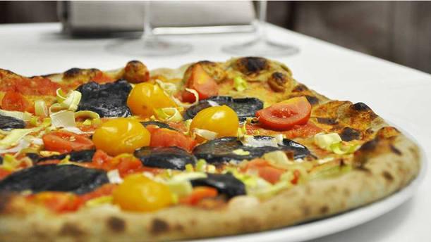 Il Posto Accanto Pizza