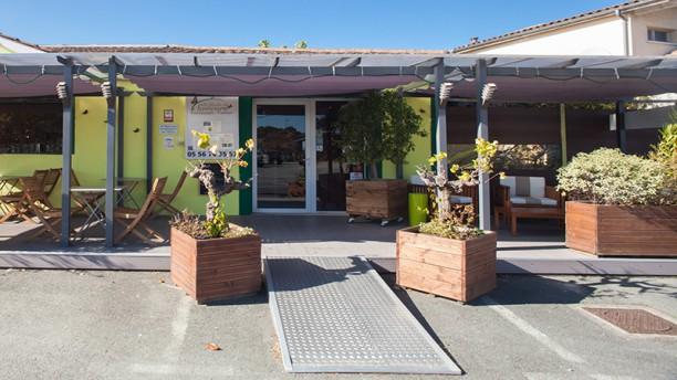 Restaurant au jardin des saveurs martignas sur jalle for Resto au jardin