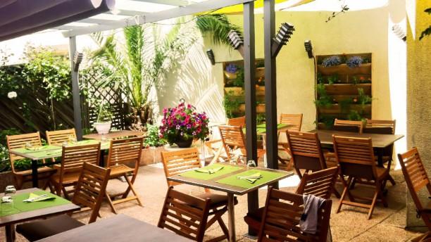 Restaurant au jardin des saveurs martignas sur jalle for Restaurant de la cuisine au jardin