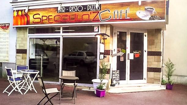 Specculo'z café Entrée du bistrot