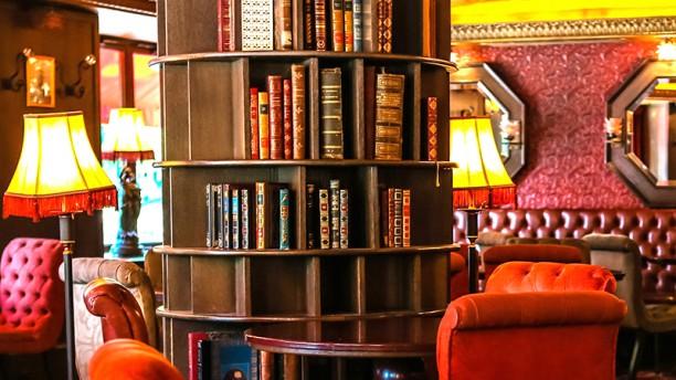 Café Montparnasse vue de la salle