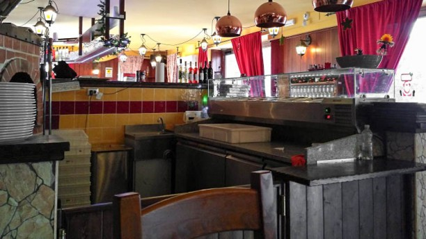 Bastardi Dentro Bastardi Dentro Risto Pub Pizzeria