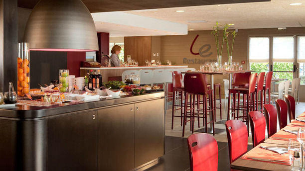 restaurant campanile valenciennes ouest petite for t petite for t 59494 menu avis prix. Black Bedroom Furniture Sets. Home Design Ideas