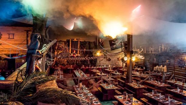 Le Repère des Pirates Salle du restaurant