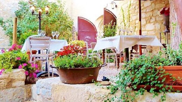 Aurore&Matteo - La Table des Saveurs Vue terrasse
