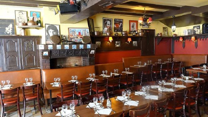 Chez Ma Cousine Brasserie - Restaurant - Paris