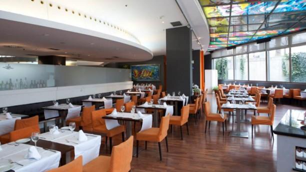 Eurohotel Gran Via Fira - Restaurante Atántida Vista de la sala