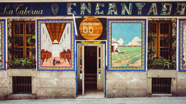 Bombardino Café Tapas Vino Esterno