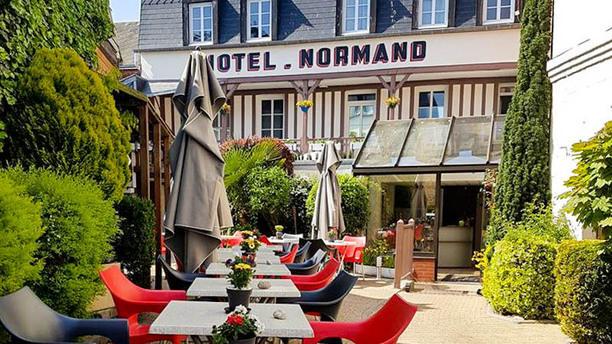 Hôtel Normand Façade