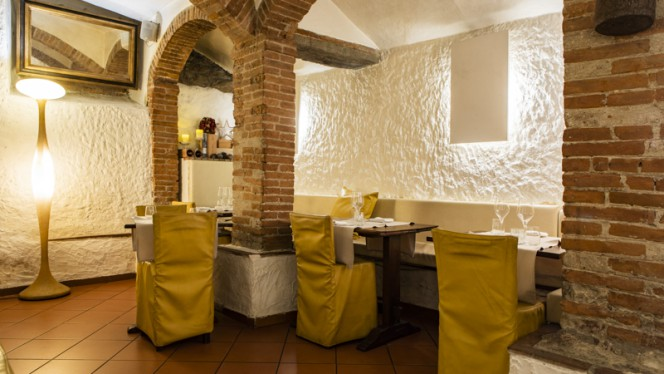 Interno - Cantina Barbagianni, Firenze