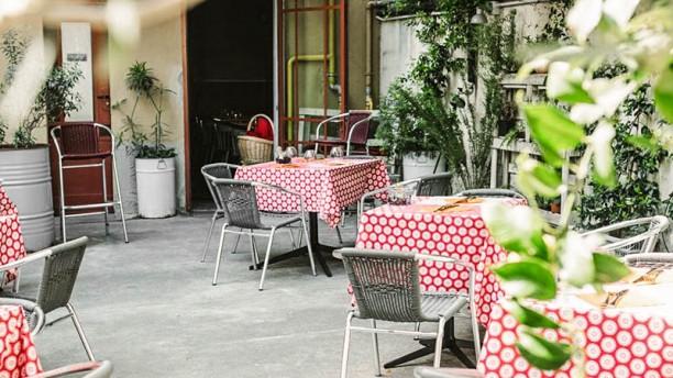 Charle's Bar Terrazza e giardino
