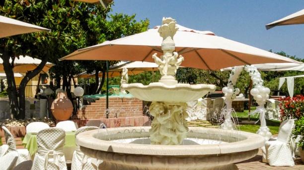 Valle Di Venere fontana buffet
