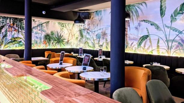Faubourg 46 FAUBOURG 46 restaurant, bar à cocktails, terrasses, café, happy hours brasserie Festive à Aix en Provence 7 jours sur 7