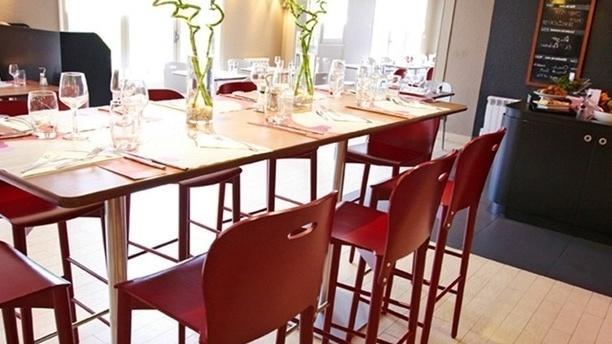 Campanile Avallon Salle du restaurant