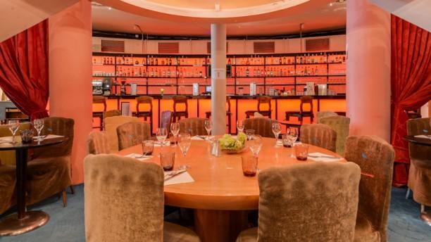 Le Restaurant du Rond Point Intérieur