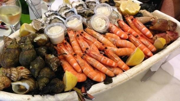 "Bistrot à huîtres: ""Chez Jean-Mi"" Restaurant"