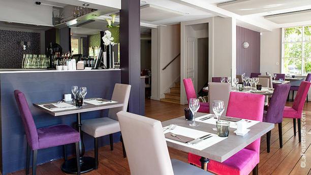 L Avenue Carnot Restaurant 2 Avenue Carnot 33000