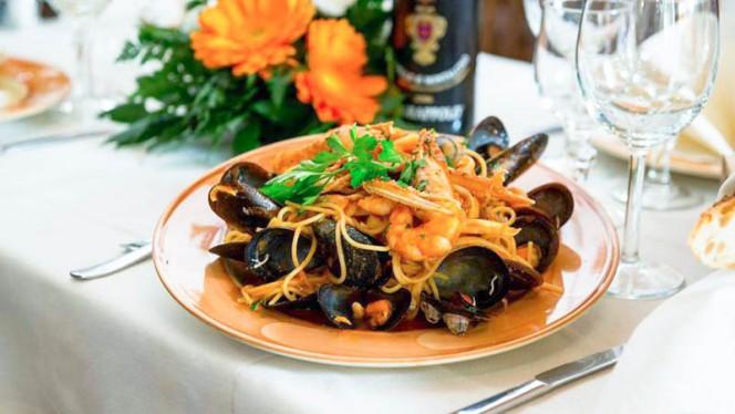 Spaghetti allo scoglio - Maruzzella Zara, Milan