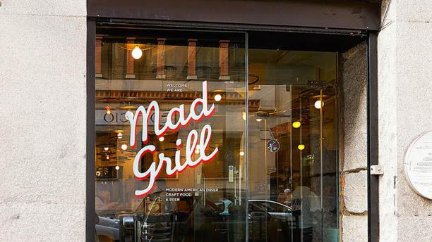 Mad Grill Vista entrada