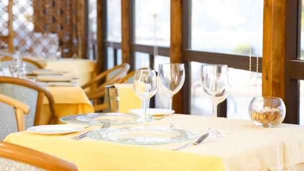 Bacio di Dama Hotel Villa Esperia tavoli