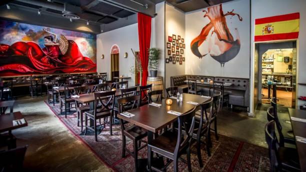 Caliente Tapasbar City dinner room