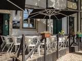 Le Petit Café